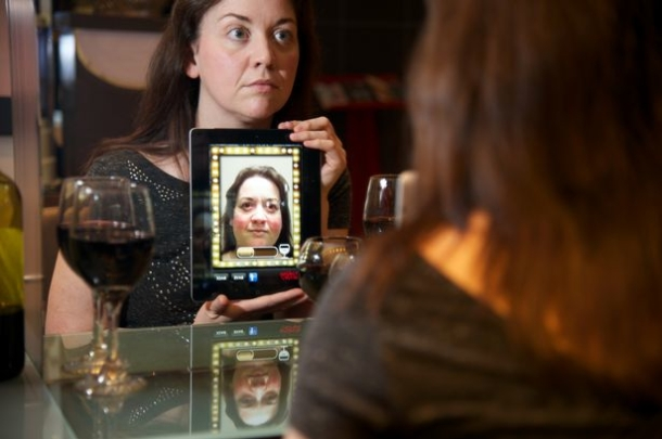 Scottish Government 'Drinking Mirror' App on iPad